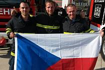 Nejtvrdší jihomoravští hasiči dovezli ze soutěže v Rakousku medaile. Zlato v kategorii nad 30let získal Petr Moleš (uprostřed), v kategorii nad 40 let zvítězil Brňan Stanislav Kalvoda a Vít Malenovský z Brna v kategorii do 30 let vybojoval stříbro.