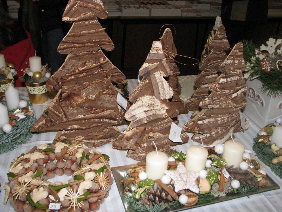 Tradiční vánoční jarmark si v Násedlovicích