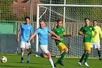 Utkání předních týmů krajského přeboru fotbalistů FK Mutěnice (zelené dresy) - FC Boskovice skončilo nerozhodně 2:2.