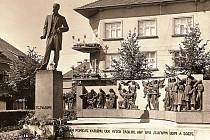 Pomník TGM před válkou