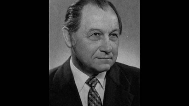 Portrét Vítězslava Volavého.