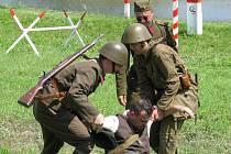 Ukázky bojů z druhé světové války tentokrát neuvidí ve Vlkoši, ale v Hrubé Vrbce. Ta totiž slaví šedesát sedm let od osvobození obce rumunskou armádou.