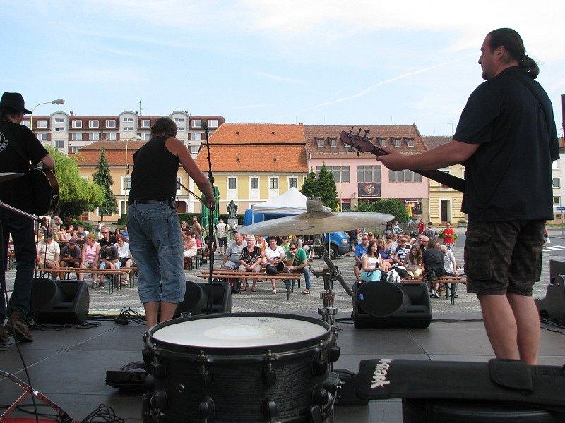 Pepa Lábus a spol. na Festivalu Slunce ve Strážnici.