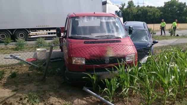 Nehoda dodávky a osobního auta v Moravském Písku.