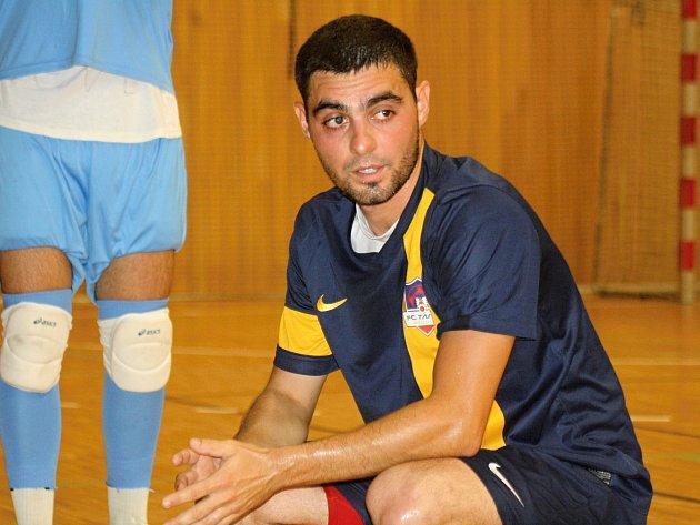 Sedmadvacetiletý Slovák Juraj Višváder (na snímku) se stal novým hrajícím koučem futsalistů hodonínského Tanga.
