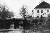 Soud u Jalové strouhy, zavezené v roce 1928. Nad Jalovou strouhou je dnes z velké části park.
