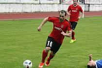 Fotbalisté třetiligového Hodonína budou ve druhém kole MOL Cupu spoléhat také na záložníka Radka Sasína.