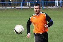 Žarošický stoper Zbyněk Poláček (na snímku) musel na konci podzimu skousnout těsnou porážku.