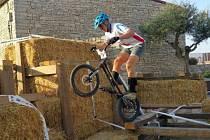 Mladí kyjovští biketrialisté zazářili na letošním mistrovství světa ve španělském Pujaltu. Ondřej Krúpčik skončil druhý, Iva Antlová brala bronz. Michal Kůřil s Františkem Andrlem obsadili čtvrtou příčku.