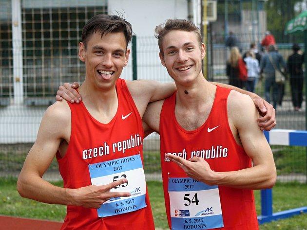Na stadionu U Červených domků v Hodoníně se v sobotu představily atletické dorostenecké naděje z České republiky, Slovenska a Maďarska.