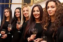 Finalistky Miss Roma 2015 při oficiálním přijetí na hodonínské radnici.