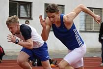 Na stadionu U Červených domků, kde se uskutečnily Přebory Hodonínska 2016, se představilo 140 atletů z několika okresních oddílů.