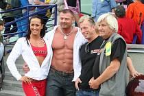 Otevírání sportovní haly v Lužicích