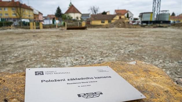 Základní kámen Rezidence Nová tržnice ve Veselí nad Moravou.
