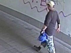 Policisté pátrají po svědkovi z kamer. Prošetřují událost, ke které došlo před několika týdny v Hodoníně na vlakovém nádraží.