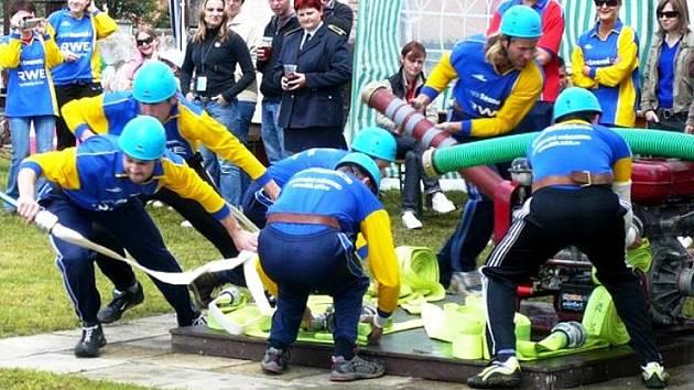 Sbor dobrovolných hasičů z Čeložnic.