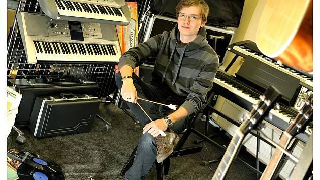 Cimbalista Michal Grombiřík chystá první vlastní koncert.