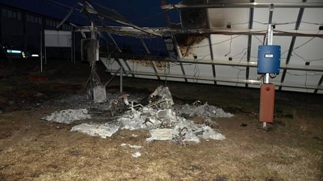 Požár fotovoltaické elektrárny na dubňanské Huti