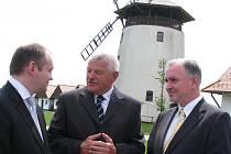 Michal Hašek a Tibor Mikuš se sešli na bukovanském mlýně.