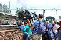 Na nádraží v Hodoníně přijely historické lokomotivy a Legiovlak.