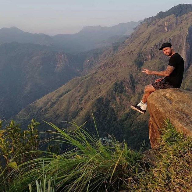 Někdejší juniorský mistr světa vbiketrialu David Herka strávil na Srí Lance tři týdne. Odjel krátce před teroristickými útoky.