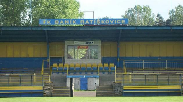 Ratíškovický stadion U Cihelny bude hostit kvalifikační duel na mistrovství Evropy sedmnáctek. 25. března se tu střetne Holandsko s Ukrajinou