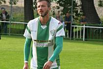 Pětatřicetiletý záložník David Šmahaj (na snímku) i po postupu Bzence do divize patřil ke klíčovým hráčům Slovanu.