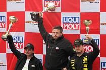 Sudoměřický jezdec Michal Novický opbsadil v sobotním závodě 1. slavkovské serpentiny třetí místo. V neděli se už závodníkovi Kovosteel Novitech tolik nedařilo.