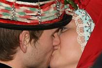 Obdarovávání milovaných lidí se na svátek sv. Valentina rychle ujalo i v Čechách a na Moravě.