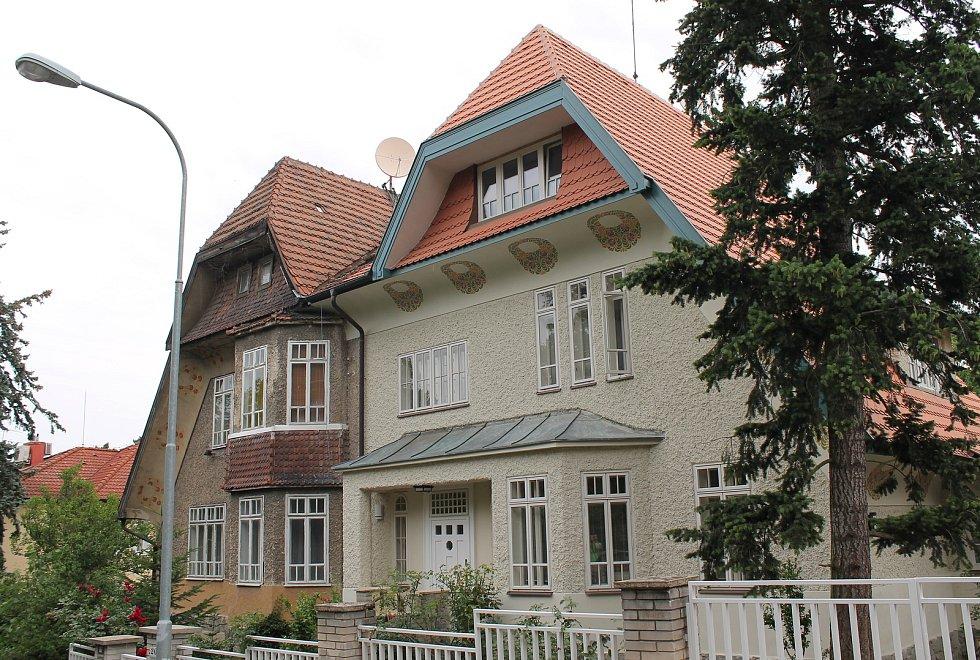 Secesní dvojvila v Krondlově ulici v Brně.