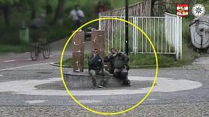Policistům se podařilo získat kamerové záznamy. Jsou na nich dva důležití svědci, kteří se v inkriminovanou dobu nacházeli v blízkosti surového napadení.