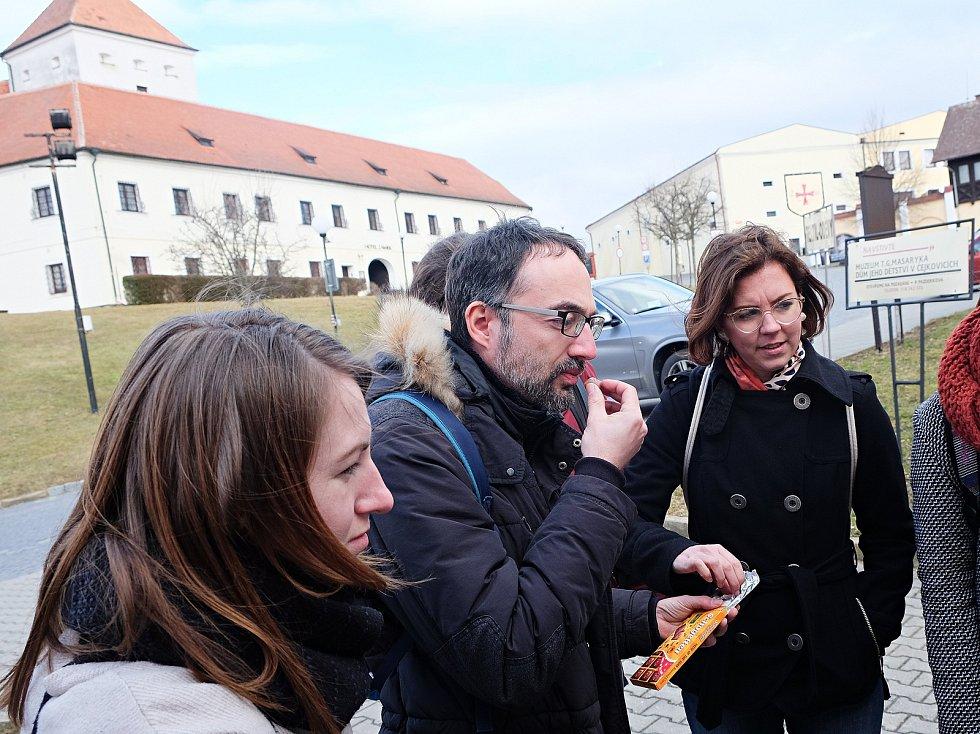 Příprava antropologické knihy o Čejkovicích.