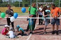 Slavnostní otevření nového víceúčelového hřiště ve veselské městské části Zarazice.