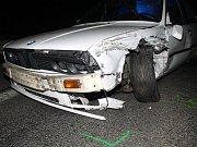 Vážná nehoda na tahu I/55 mezi Rohatcem a Petrovem. Auto se srazilo s motorkou.