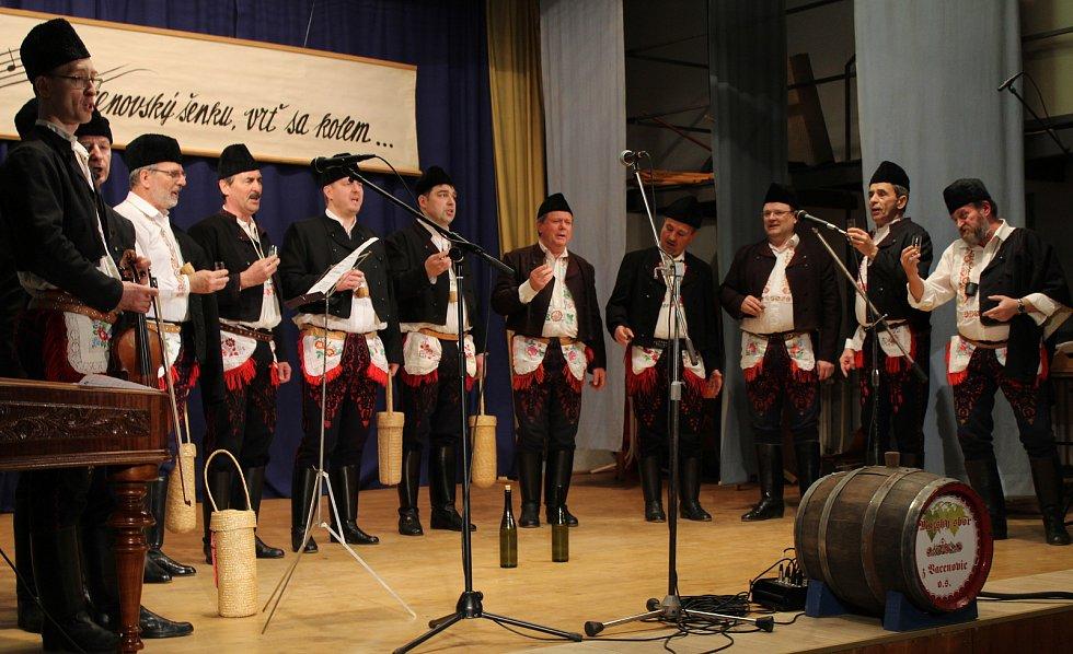 Čtrnácté Předfašaňkové setkání mužských sborů ve Vacenovicích.