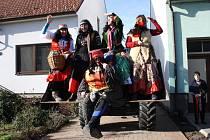 Fašaňkové veselí v Lovčicích, Vlkoši, Kostelci a Násedlovicích si užívali lidé v maskách, krojích i všedních šatech.