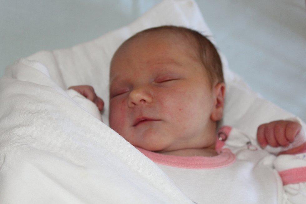 Ema Holešinská, Vracov, Nemocnice Kyjov, 22. 7. 2019, 3570 g, 49 cm