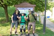 Jakub Buček z Hodonína prošel se dvěma kamarády Bílé Karpaty. Za pět dní ušli  130 kilometrů. Kvůli náročnosti trasy ale do cíle nedorazila celá trojicei.