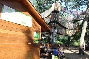 Hodonínský zábavní park v korunách stromů přišel o vlastní občerstvení.