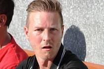 Známý brněnský trenér Mario Rossi, který uhrál s mladým týmem Hodonína šestačtyřicet bodů, se po roce vrací zpět k mládeži.