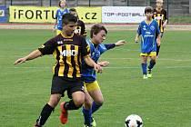 Mladší žáci Hodonína (ve žlutočerných dresech) si v přípravném zápase poradili s vídeňskou Austrií, kterou na stadionu U Červených domků porazili jasně 10:2.