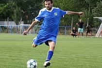 Ratíškovický záložník Martin Kordula se v pohárovém zápase s Lanžhotem zranil a ještě v prvním poločase musel střídat.
