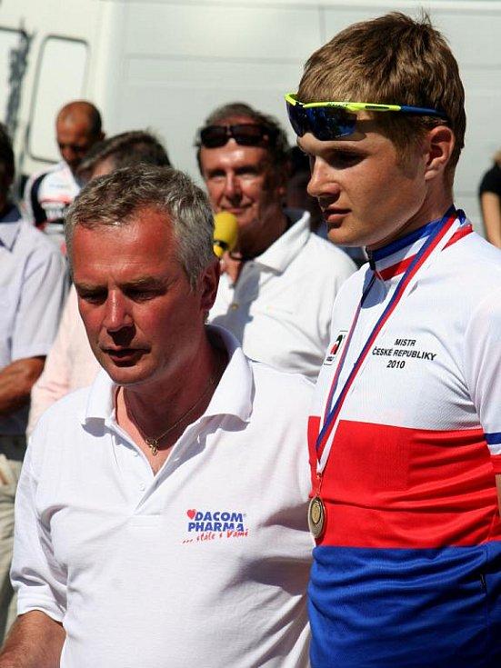 Cyklista Jakub Kratochvíla obhájil titul mistra České republiky do 23 let.