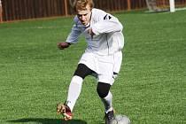 Hodonínští fotbalisté prohráli v prvním přípravném utkání na umělé trávě třetiligového Vyškova 0:2.