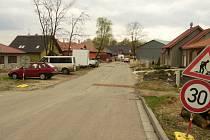 Stav silnice k Domovu důchodců v Hodoníně
