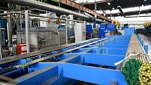 Výroba vaček z ocelových tyčí.