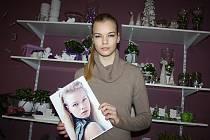 Osmnáctiletá modelka je ve světě modelingu jako doma. První zkušenost měla už v devíti letech.