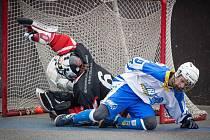 Kyjovští hokejbalisté dál vládnou Moravské lize. Slovácký celek zvládl i druhý jarní duel. Po triumfu v Třebíči si jasně poradil také s Hustopečemi, soupeře z jihu Moravy v domácím prostředí deklasoval 9:2.