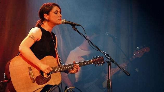 V Hodoníně vystoupí Lenka Dusilová.