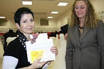 Radost z výhry měla i čtenářka Slovácka Hana Kopečná, která správně tipovala, že vítězka soutěže získá od čtenářů 166 hlasů.